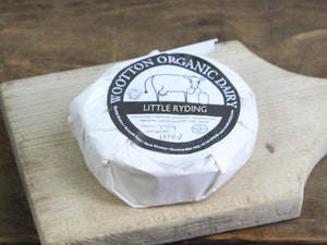 Little Ryding Organic unpasteurised ewes soft cheese min 220g