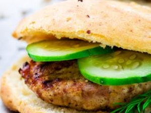 Free Range Chicken Burgers  Pack of 4, frozen
