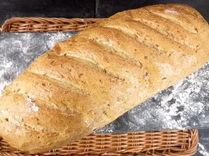Large Malted Wheat Bloomer, 800g