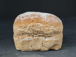 Large Malted Wheat Farmhouse, 800g SLICED