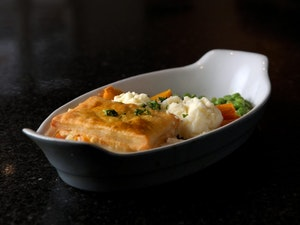 Chicken and Vegetable Pie Meal, 470g