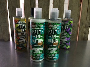 Faith in Nature Shampoo, Coconut, 400ml