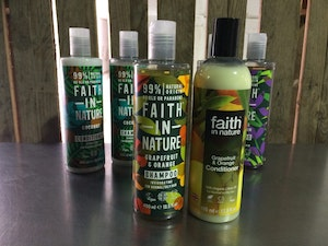 Faith in Nature Shampoo, Grapefruit and Orange, 400ml