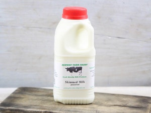 Red Top Somerset Skimmed Milk, 568ml (1 Pint)