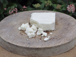 Wootton White, Organic Unpasteurised Ewes Cheese, 150g