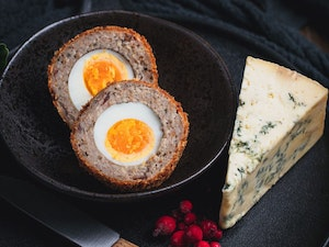 Scotch Egg, Stilton and Cranberry, 150g, each
