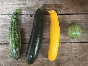 Courgettes, Organic, Mixed Pair, 400gms