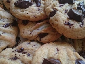 Chunky Choc-Chip Cookies (pack of 6)