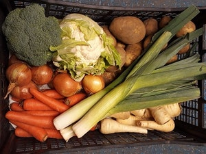 The Large Essential Christmas Veg Box