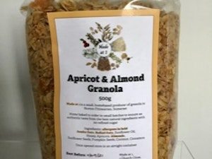 Apricot and Almond  Granola, 500 gms