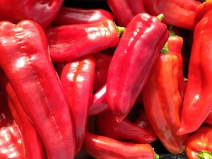 Romano Sweet Pointed Peppers, Organic, 2